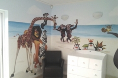 animal-mural-boys-room